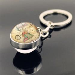 Porte-clés boule carte du monde